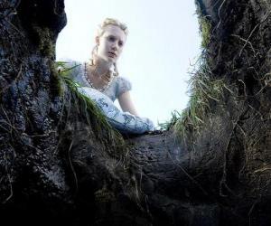 puzzel Alice (Mia Wasikowska) te vallen in het konijnenhol zal het een wonderland