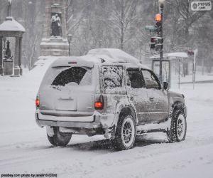 puzzel Auto rijden met sneeuw