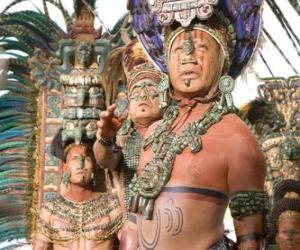 puzzel Azteekse priester maakte een offer aan de goden