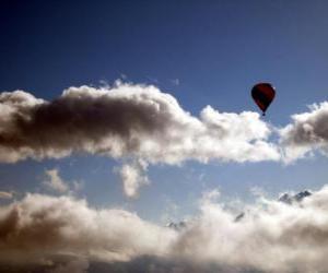 puzzel Ballon in de wolken