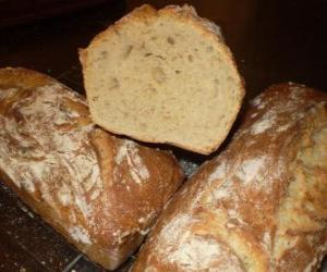 puzzel Brood is een voedingsmiddel dat deel uitmaakt van het traditionele dieet in Europa, het Midden-Oosten, India en Amerika.