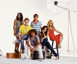 puzzel Chad (Corbin Bleu), Taylor (Monique Coleman), Gabriella Montez (Vanessa Hudgens) Troy Bolton (Zac Efron), Sharpay Evans (Ashley Tisdale), Ryan Evans (Lucas Grabeel)