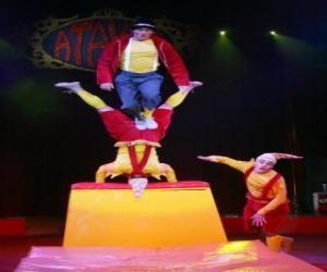 puzzel Clowns acrobaten