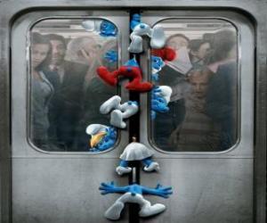puzzel De Smurfen zijn gevangen in de metro deuren - De Smurfen, film -