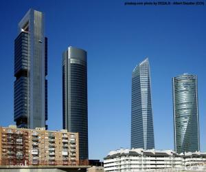 puzzel De vier torens van Madrid