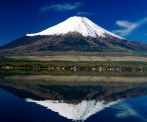 puzzel Fuji Yama vulkaan is de hoogste berg in het land met 3776 meter Japan