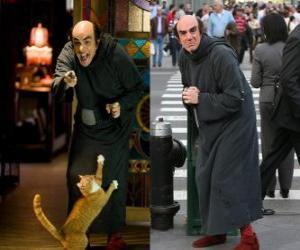 puzzel Gargamel en zijn kat Azrael Smurfs om voor ons te kijken in Manhattan