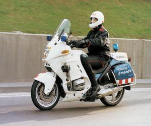 puzzel Gemotoriseerde politieagent met zijn motorfiets