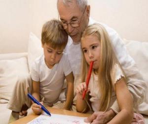 puzzel Grootvader met kleinkinderen