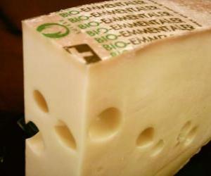 puzzel Hele stuk geopend kaas type Gruyer of Emmentaler