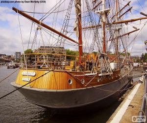 puzzel Houten zeilboot