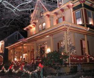 puzzel Huis versierd voor Kerstmis