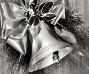 puzzel Kerst klok hulst versierd met bladeren en een lint met een grote boog