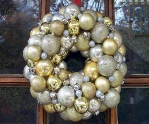 puzzel Kroon van Kerstmis, gemaakt met ballen