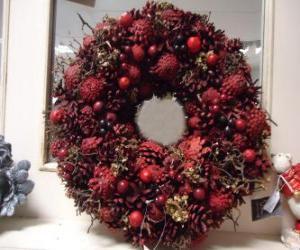 puzzel Kroon van Kerstmis met rode vruchten
