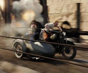 puzzel Kuifje rijden in een zijspan met hun vrienden in een van zijn avonturen