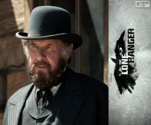 puzzel Latham Cole (Tom Wilkinson) in de film Lone Ranger