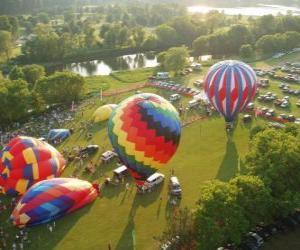 puzzel Luchtfoto van een luchtballon festival