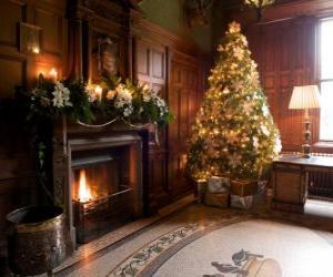 puzzel Mooie open haard versierd voor de kerst vieringen