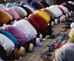 puzzel Moslims bidden