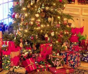 puzzel Presenteert onder de kerstboom