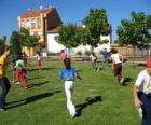 Groep van spelende kinderen