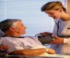 Medische onderzoeken of een arts een patiënt