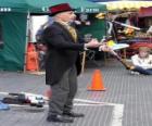 Clown doet jugglings