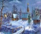 Kerk met Kerstmis met dennen onder de sterren