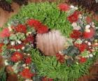 Kerstkrans gemaakt van plantaardige elementen