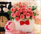 Mand van roze rozen en harten