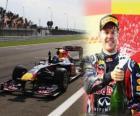 Sebastian Vettel viert zijn overwinning in de Grand Prix van Turkije (2011)
