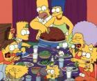 De familie Simpson op de dag van Thanksgiving waar families bijeen om te eten