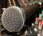 Microfoon en mixer
