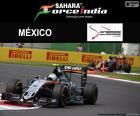 Sergio Pérez de Mexicaanse piloot tijdens zijn deelname aan de Mexicaanse Grand Prix 2016, loodsen zijn Sahara Force India