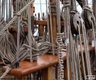 Touwen en katrollen van boot
