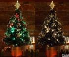 Twee beelden van een mooie kerstboom, kleur van de lichten wijzigen