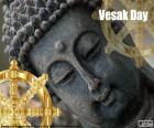 Dag van Vesak, de dag van de volle maan van de maand mei is de dag heiligste aan miljoenen boeddhisten over de hele wereld. Het de geboorte, de verlichting en de dood van Boeddha wordt herdacht