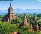 Het archeologische gebied van Bagan, gelegen aan de oevers van de rivier de Irrawaddy, is gekenmerkt door meer dan 2000 tempels, pagodes, religieuze structuren, Myanmar