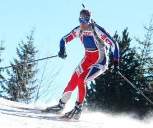 puzzel Skiër in volledige poging om praktijk cross-country skiën of langlaufen