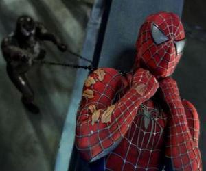 puzzel Spiderman gevangen in Venom