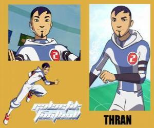 puzzel Thran is de verdediging van het voetbalteam Galactic Snow-Kids met nummer 2