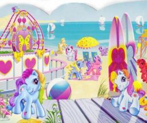 puzzel Verschillende kleine pony's op het strand. My Little Pony