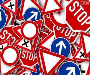 puzzel Verschillende verticale verkeersborden