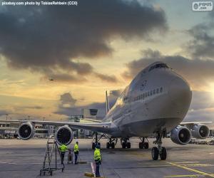 puzzel Vliegtuig bij de luchthaven