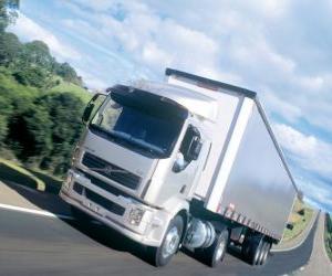 puzzel Vrachtwagen Volvo VM is een middelgrote vrachtwagen