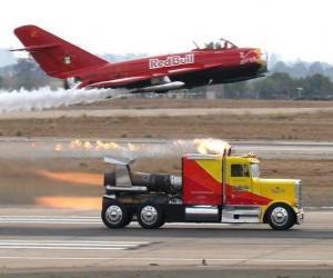 puzzel Vrachtwagen vs plane