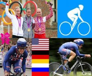 puzzel Vrouwen tijd proces fietsen podium, Kristin Armstrong (Verenigde Staten), Judith Arndt (Duitsland) en Olga Zabelinskaya (Rusland) - Londen 2012-