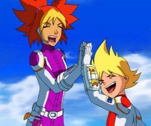 puzzel Yoko en Brett met hun ruimtepakken, ze zijn twee van de leden van Team Galaxy